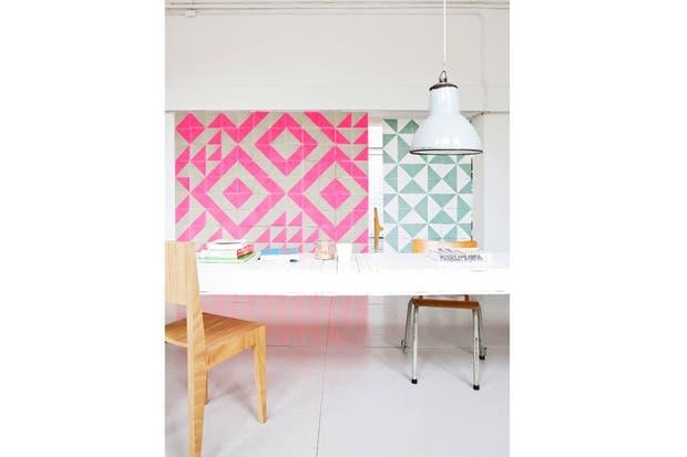 Otra vez la geometría y los colores llamativos, ahora aplicados a un espacio de trabajo. Foto: ne0n-rainb0w.tumblr.com.