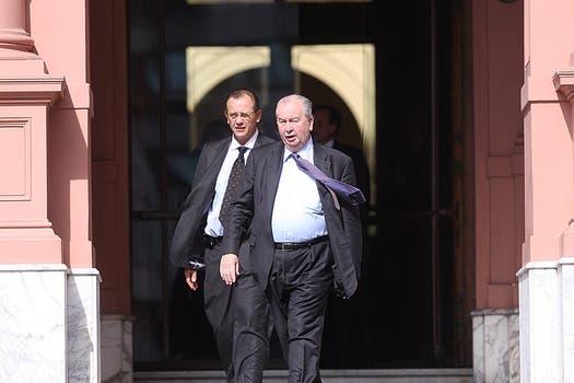 Grondona sale de Casa Rosada luego de una reunión  con Aníbal Fernández por la ruptura del contrato con Torneos y Competencias en agosto de 2009. Foto: Archivo