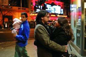A los 30 invierten su tiempo libre y el 25 por ciento de sus ingresos en salidas: van a recitales, al teatro, hacen planes con amigos