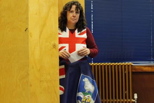 La votación se realiza en un clima  probritánico. Foto: EFE