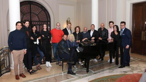Guillermo Azar, organizador de la semana, reunió en una singular previa a todos los participantes de Designers