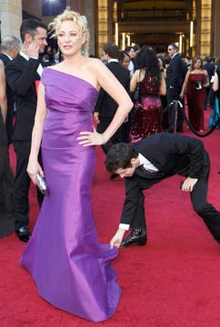 Virginia Madsen, de violeta. Foto: Reuters