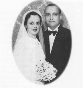 Regina y Mario Bergoglio, en su casamiento, en 1935, un año antes del nacimiento de Jorge