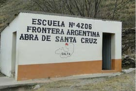 Corrieron la frontera con Bolivia y exigen trasladar a familias salteñas