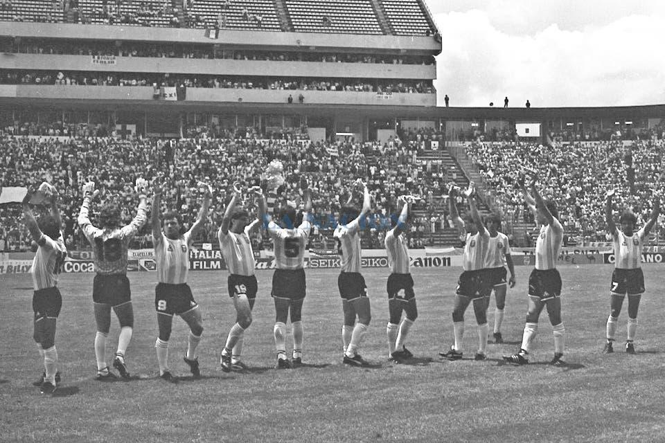 El equipo listo para jugar. Foto: LA NACION / Antonio Montano