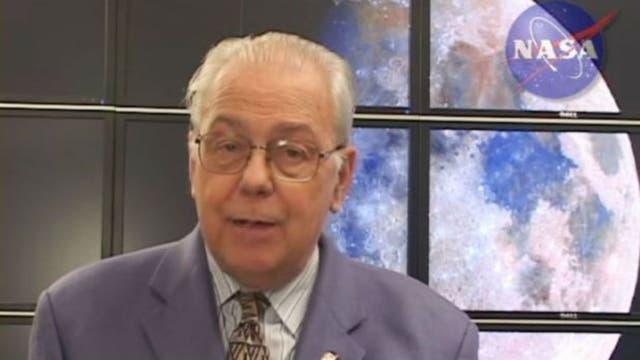El científico de la NASA, David Morrison, realizó numerosos artículos y vídeos para descartar la existencia de Nibiru