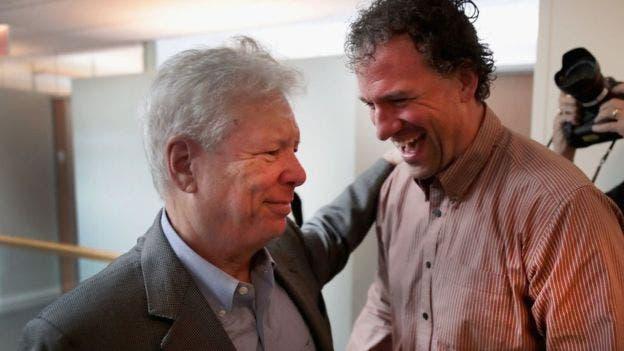 """Thaler escribió el best seller mundial """"Nudge"""", traducido al español como """"Un pequeño empujón"""""""