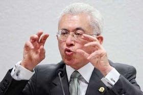 """""""El sistema financiero no está al servicio de la producción y de la economía real"""", dice Mangabeira Unger"""