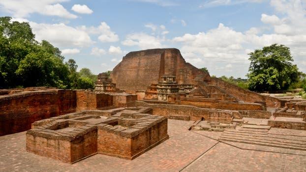Excavated remains of Nalanda Mahavihara. La Unesco estudia incluir en su inventario algunos bienes cultural del mundo. Foto: Sitio oficial de la Unesco