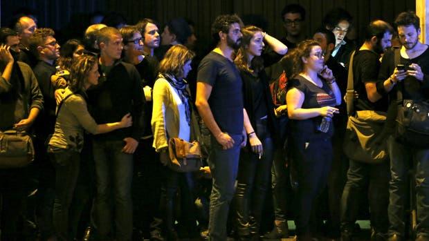 Con dos terroristas muertos, terminó la toma de rehenes en el teatro Bataclan