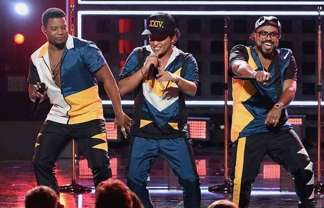 Bruno Mars y los pasitos de 24K Magic