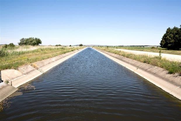 La Argentina tiene un potencial de riego de 4,5 millones de ha. y la expansión de las áreas de riego abarcaría a 17 provincias