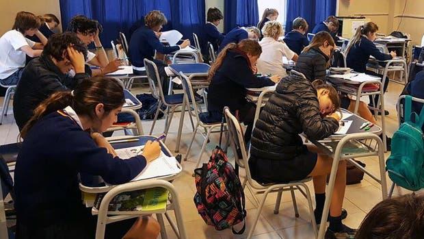Dos veces por año, en abril y en octubre, los alumnos realizan las pruebas Crece