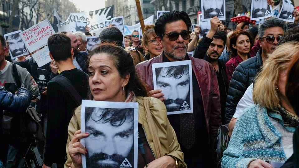 Miles de personas se concentran en Plaza de Mayo por la aparición con vida de Santiago Maldonado. Foto: LA NACION / Rodrigo Néspolo