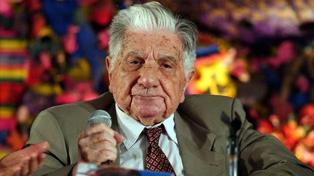 El escritor Augusto Roa Bastos