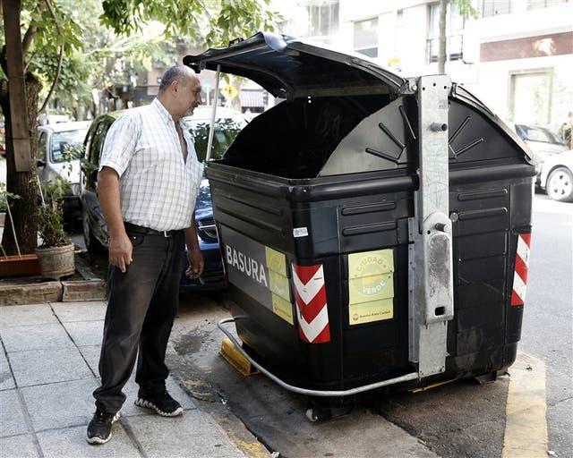 En Palermo, Paulino Ruiz Díaz sostiene que la recolección es deficiente