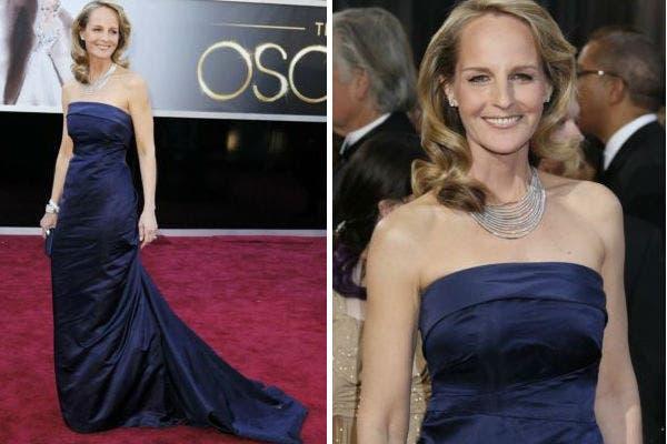 Helen Hunt lució elegante al elegir un vestido de H&M. Dejando de lado a los grandes diseñadores optó por verse bien demostrando que no es necesario elegir modelos carísimos. Aunque, las joyas valen bastante más. Foto: Reuters y AP