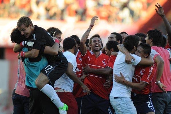 Gran victoria de Independiente en el clásico de Avellaneda. Foto: FotoBAIRES