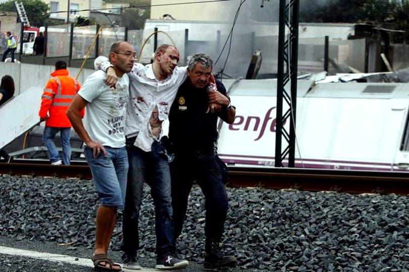 Los heridos fueron derivados a hospitales de la zona; 20 están en estado crítico. Foto: Gentileza La Voz de Galicia