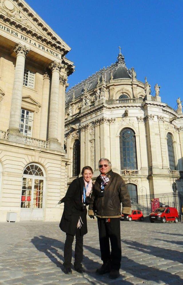 En Bélgica, con su papá. En ese viaje Alejandra conoció su destino