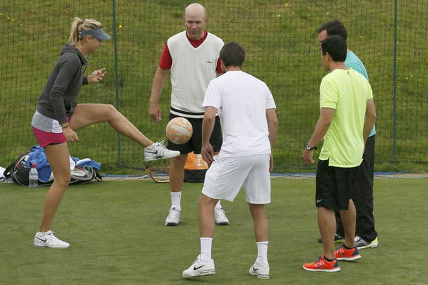 ¿La tenían a Sharapova haciendo jueguito? Acá el video: canchallena.lanacion.com.ar/1595332.  Foto:Reuters