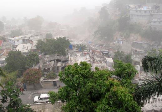 Edificios  dañados en el barrio de Pétion-Ville, Puerto Principe.. Foto: Reuters