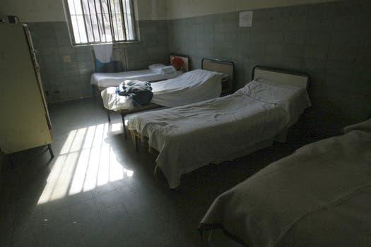 Las habitaciones de los que están en el Borda. Foto: lanacion.com / Guadalupe Aizaga