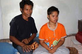 Mary Yuranda, de nuevo con su padre