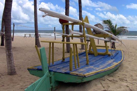 Jangada, una de las embarcaciones típicas del nordeste brasileño. Foto: LA NACION / Carlos Sanzol