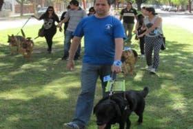 Maximiliano Marc y su perro Bandit