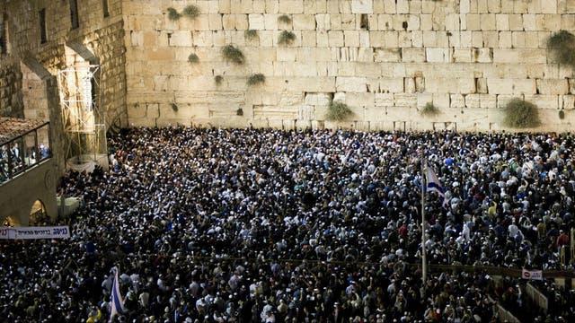 El Muro del Perdón en Jerusalén es un lugar de congregación