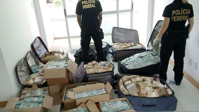 Las valijas con dinero halladas en el departamento del ex ministro de Temer