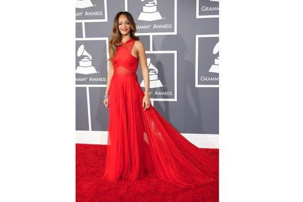 Rihanna usa faja para sus shows y para disimular sus kilitos demás. Foto: Corbis