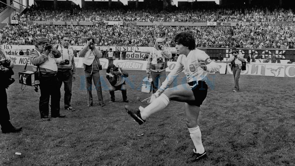 30-6-1985: todo listo para el dramático duelo ante Perú.. Foto: LA NACION