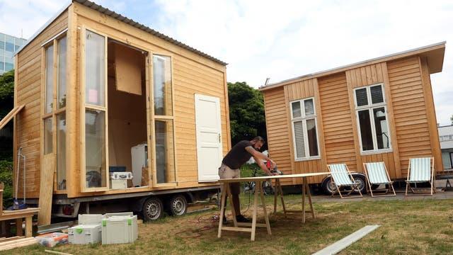 Una casa de 25 metros cuadrados podría albergar a cuatro personas; son casas rodantes, para poder moverlas y estacionarlas donde haya lugar