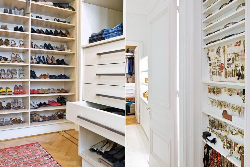 Los muebles y estantes del vestidor son un diseño del estudio realizado en MDF con laqueado poliuretánico blanco y manijas y correderas metálicas.  /Santiago Ciuffo