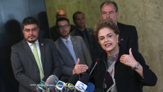 Dilma Rousseff llamó a una reunión de emergencia