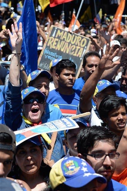 Miles de opositores marcharon en Caracas