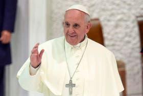 """El sacerdote José Antonio Medina le pidió un tema a Palito Ortega para su programa radial en España, """"Conociendo a Francisco"""""""