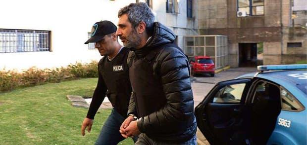 El ex funcionario al ser trasladado ayer a la cárcel de Marcos Paz