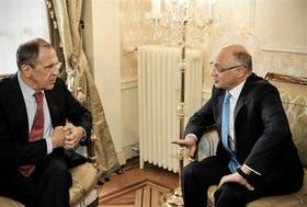 La última foto, con el enemigo Lavrov y Timerman El canciller ruso y su par argentino se reunieron la semana pasada en Ginebra. Hablaron de la crisis en Ucrania, pero nada dijeron de la crítica de Estados Unidos a Rusia por la amenaza bélica de Moscú