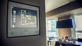 La domótica ayuda a manejar la vivienda desde pantallas táctiles, los teléfonos inteligentes y las tablets