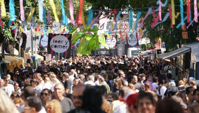 El público en la edición 2017 de la Feria Leer y Comer