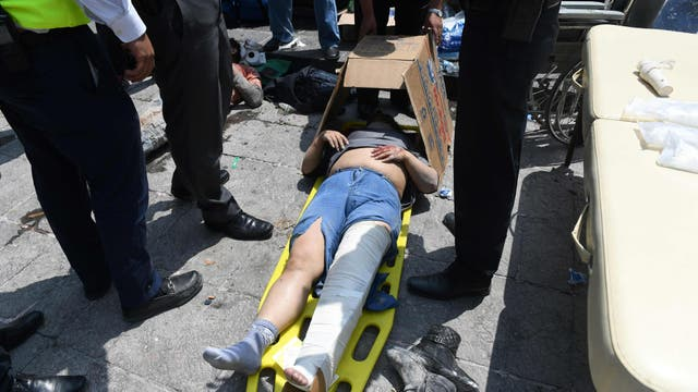 Tareas de rescate y remoción de escombros en Ciudad de México. Foto: AFP