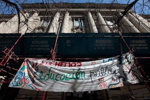 La toma de colegios ya afecta a mas de 7300 alumnos, hoy se sumarían más colegios. Foto: LA NACION / Soledad Aznarez