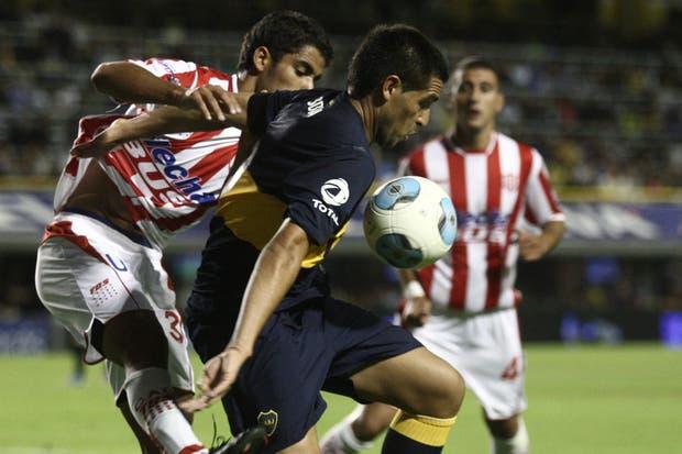 En la vuelta de Riquelme, Unión le ganó 3-1 al equipo de Bianchi en la Bombonera.  Foto:LA NACION /Emiliano Lasalvia