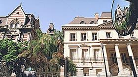 Los vecinos del Palacio Duhau temen por un proyecto que pueda afectar las condiciones de todo el entorno