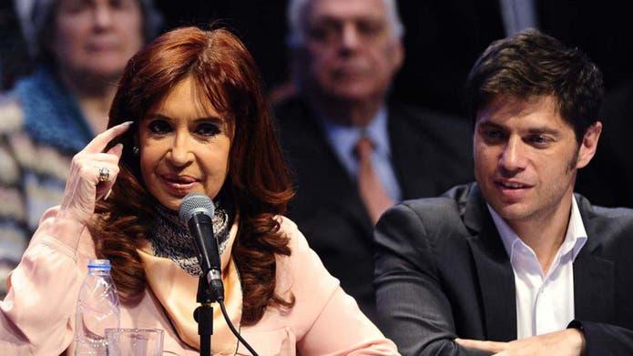 La presidenta Cristina Kirchner y el ministro Kicillof, durante la cadena de ayer