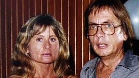 Carlos Fraticelli y de su esposa, Graciela Dieser