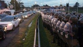Gendarmería en uno de los cortes en Panamericana